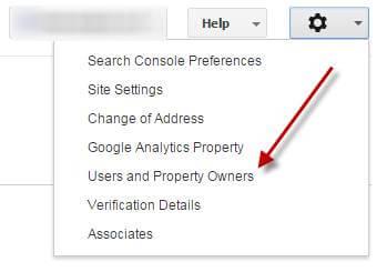 ניהול משתמשים בקונסולת החיפוש
