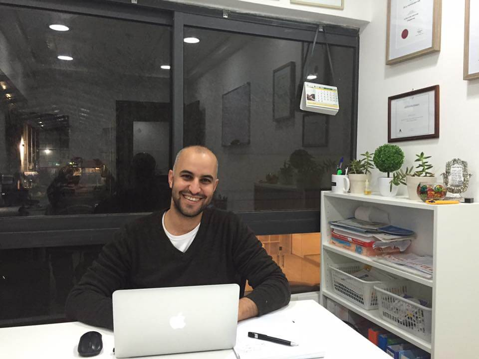 יוסי לוי במשרד