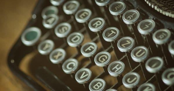 שכתוב ועדכון טקסטים